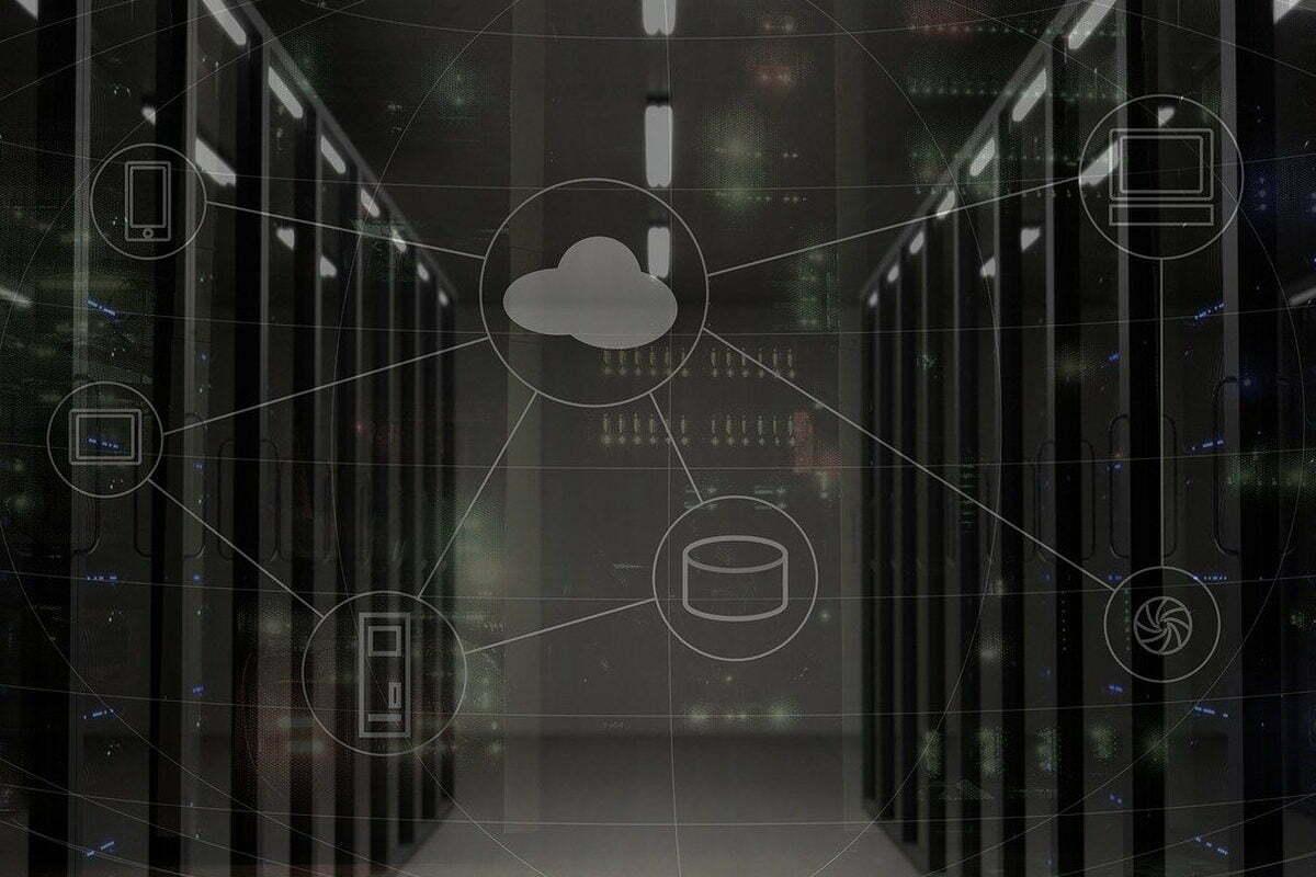 OnePlus to Build Offline Network in India